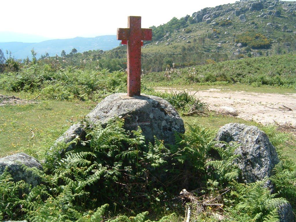 Cruz Vermelha - Labrujó